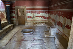 Throne Room (Rudi Pauwels) Tags: flickrlounge weeklytheme old knossos cnossos 2000bc throneroom