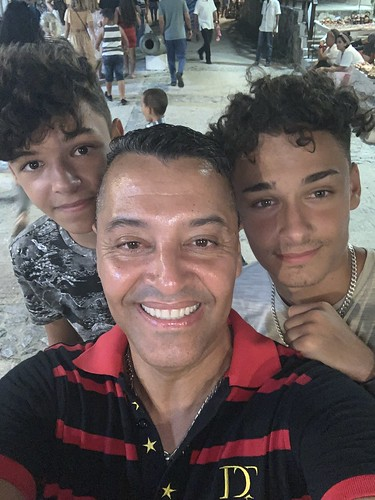 My twins, family and friends #rene_olivera_