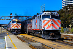 Peninsula Rush Hour (BravoDelta1999) Tags: caltrain jpbx peninsula commute peninsulasubdivision southernpacific sp railroad unionpacific up railway saintlouissouthwestern ssw cottonbelt ysf70 emd gp60 1004 south sanfrancisco california train 159 local 262 limited f40ph2 912 916