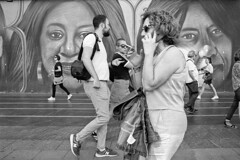 Street Photo 1909_028 (c a r a p i e s) Tags: carapies cityscapes 2019 españa madrid granvia nikonf100 analogico 35mm film pelicula blancoynegro bw blackwhite notasdeextramuros fotografiaurbana urbanphotography urban urbanidad urbvanidad urbvanity urbanphoto streetphoto streetphotography streetlife filmisnotdead ilford ilfordhp5