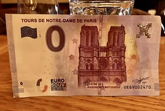#Paris #France2017 (Σταύρος) Tags: pieniądze pera penge coffeeshop money euro france2017 paris france rtw worldtraveler roundtheworld vacation vacanze holiday globetrotter city 钱 geld argent χρήματα airgead お金 돈 moni پول dinheiro деньги pengar arian