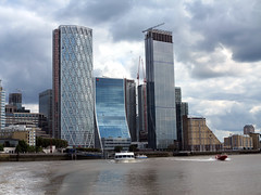 Canary Wharf (DarloRich2009) Tags: barclays hsbc citi citibank bank banks robbingbastards canarywharf docklands jpmorgan thames riverthames london uk gb england unitedkingdom greatbritain cityoflondon cityofwestminster