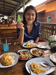 lunch portrait (ChalidaTour) Tags: thailand thai asia asan girl femme fils chica nina woman teen sweet cute beautiful pretty petite slender slim lunch food portrait