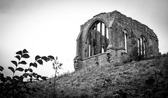 Egglestone Abbey . (wayman2011) Tags: 7artisans35mmf12lightroom5 colinhart fujifilmxe2s wayman2011 bw mono abbeys religeousbuildings historicbuildings pennines dales teesdale barnardcastle egglestoneabbey countydurham uk