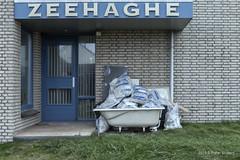 De Badkuip (Pieter Musterd) Tags: zeehaghe badkuip kijkduin pietermusterd musterd canon pmusterdziggonl nederland holland nl canon5dmarkii canon5d denhaag 'sgravenhage thehague lahaye