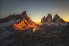 Tre Cime di Lavaredo Sunset (der_peste (on/off)) Tags: southtyrol trecimedilavaredo dreizinnen threepeaks südtirol trentino veneto altoadige sunset landscape red sunshine lastlight evening sky panorama italy