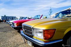 A lot of Mercedes-Benz SL 500 SL (1972–1985)
