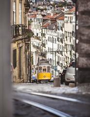 Lisboa (Steffen Walther) Tags: 2019 fotografjena portugal steffenwalther urlaub lissabon lisboa lisbon tram car historical steep narrow cablecar street city europe streetphotography canon5dmarkiii canon135l traffic publictransportation