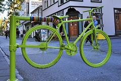 Green Bike (AntyDiluvian) Tags: iceland reykjavik laugavegur street greenbike greenbicycle gate pedestrianonly carfree