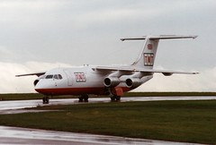 G-TNTE (IndiaEcho) Tags: gtnte tnt air foyle bae 146300 qt quiet eggw ltn bedfordshire trader luton aircraft aeroplane aviation airliner airport airfield england