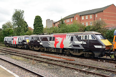 91117 91120 0Z91 Leicesster (British Rail 1980s and 1990s) Tags: 91 class91 europheonix europhoenix 0z91 91117 91120 66 class66 gbrf gbrailfreight train rail railway railroad loco locomotive lmr londonmidlandregion mainline mml midlandmainline livery liveried 1st first traction br britishrail electric ac leicester