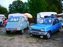 Citroën 2CV AZ 1961 + Renault 5 TS 1975 (929V6) Tags: 91fz49 294evy91 r5 deuxchevaux