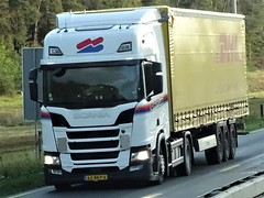 Scania R450 topline from Heisterkamp Oldenzaal Holland. (capelleaandenijssel) Tags: 62bkp6 dhl truck trailer lorry camion lkw netherlands nl