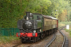 6412 GWR 0-6-0PT (Roger Wasley) Tags: 6412 gwr 060pt bishopslydeard station somerset autumn steam gala pannier tank engine train greatwestern railway west southdevon