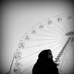 BE, always, LIKE A COLOSSUS, Woman! (naomi.scala) Tags: blackandwhite lomo lomography cinematography bew bnw squared preview shortfilm 6x6 christmas woman giant muslim strong lunapark powerful colossus