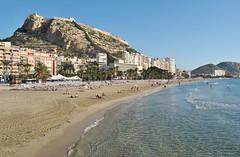 Postiguet Beach, Alicante (En memoria de Zarpazos, mi valiente y mimoso tigre) Tags: castillodesantabárbara postiguet elpostiguet playa beach spiaggia mar mare sea seascape alicante nikon