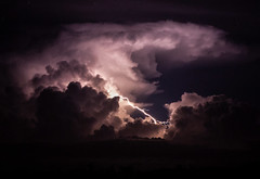 Nightstorm (Markus Branse) Tags: nightstormandclearskyinbatchelor northernterritory australia nightstorm clear sky batchelor northern territory tags hinzufügen gewitter darwin nooamah notthern austalien austral australie aussie oz thunder thunderstorm storm lightning blitze bolt unwetter wetter weer meteo weather wolken cloud clouds wolke outback hell nacht langzeitbelichtung nite night nuit himmel