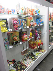 2019 NYC Comic Con Javits Center Toy Tokyo Booth 4435 (Brechtbug) Tags: 2019 nyc comic con interior jacob javits center toy tokyo booth lower east side 2nd ave collectable figures toys action figure japan japanese anime vinyl pop culture popular funko stuff gallery art asian asia custom kidrobot kid robot