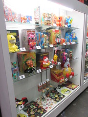2019 NYC Comic Con Javits Center Toy Tokyo Booth 4434 (Brechtbug) Tags: 2019 nyc comic con interior jacob javits center toy tokyo booth lower east side 2nd ave collectable figures toys action figure japan japanese anime vinyl pop culture popular funko stuff gallery art asian asia custom kidrobot kid robot
