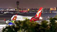 085A3374 VH-OEI at JNB. (midendian) Tags: airport aircraft airplane jnb johannesburg feat ortambo ortia