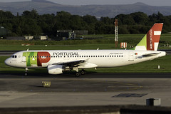 Tap Portugal A320 CS-TNW at Manchester Airport MAN/EGCC (dan89876) Tags: tap portugal airbus a320 a320200 a320214 cstnw manchester international airport takeoff runway 23r departure man egcc