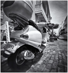 Fotografía Estenopeica (Pinhole Photography) (Black and White Fine Art) Tags: fotografiaestenopeica pinholephotography lenslessphotography fotografiasinlente lenslesscamera camarasinlente pinhole estenopo estenopeica stenopeika sténopé kodakbw400cnexp2007 kodakd76 sanjuan oldsanjuan viejosanjuan puertorico niksilverefexpro2 lightroom3 bn bw