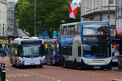 GX10 HBK & YN54 NZE, Commercial Road, Portsmouth, June 17th 2017 (Southsea_Matt) Tags: yn54nze 65009 gx10hbk 15604 route1 stagecoach southdown coastliner first hantsdorset alexanderdennis adl enviro400 e400 scania cn230ub omnicity commercialroad portsmouth hampshire england unitedkingdom june 2017 summer canon 80d bus omnibus vehicle transport