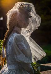 Imitation bride - 2019-10-05_10 (Paul and Nalva) Tags: nx500 samsungnx500 fultoninfocusphotowalk