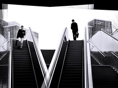 (No) Encounter // Cut-up XXXI (Novowyr) Tags: hamburg entrance stairway cutup encounter descending downward people daydream underground subway ubahn single hometime feierabend allein tagtraum kollisionskur ingedanken grosstadt city leute station