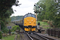 37688 Hampton Loade 05/10/19 (yamdood91) Tags: 37 37688 2019 class hampton loade tractor svr severn valley railway diesel gala