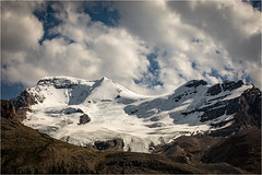 Athabasca Glacier (:: Blende 22 ::) Tags: canada icefieldsparkway glacier athabasca ice snow rocks mountains clouds bluesky canoneos5dmarkiv canonef70200mmf4lisiiusm alberta