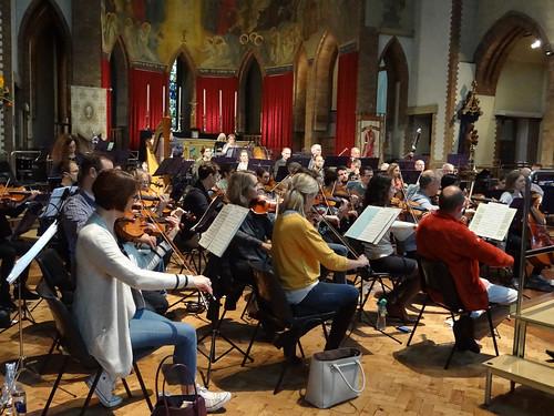 DSC00828c Ealing Symphony Orchestra rehearsal. 5th October 2019. Leader Peter Nall, conductor John Gibbons (Photo Anna Bucknall)