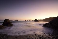 Mar en calma al amanecer (Nacho_71*) Tags: amanecer mar cantabrico luz playa rocas asturias costa acantilados espuma