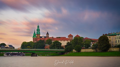 Wisla river in Krakow, with Castle and Cathedral (David Pulido Gallego) Tags: wisla river poland krakow sky dusk sunset clouds architecture city skyline cityscape castle cathedral canon dpulido davidpulido polonia vistula rio cracovia cielo atardeccer castillo catedral larga exposicion long exposure led blending hdr