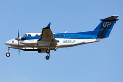 N885UP (✈ Greg Rendell) Tags: 2017 beechcraftkingair350i n885up private wheelsup airplane aviation flight gregrendellcom kphl philadelphiaairport philadelphiainternationalairport philly phl spotting