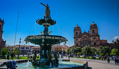 Statue of Inca Pachacuti water fountain in Plaza de Armas - Cusco Peru (mbell1975) Tags: cusco cuscoregión peru statue inca pachacuti water fountain plaza de armas perú peruvian cuzco qusqu qosqo unesco whs worldheritagesite world heritage site mayor square piazza place park waterfountain sculpture inka
