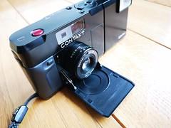 Contax T 35mm film rangefinder camera Carl Zeiss lens (7) (nefotografas) Tags: contaxt rangefinderfilmcamera 35mmfilm carlzeisslens sonnar38mm
