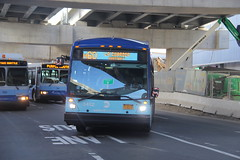 IMG_9068 (GojiMet86) Tags: mta nyc new york city bus buses 2017 lf60102 lfs lfsa 5452 m60 sbs select service laguardia airport terminal c