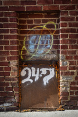 24 • 7 (tim.perdue) Tags: newark ohio small town downtown square city urban decay street alley building licking county courthouse nikon d5600 nikkor 18140mm detail sign store storefront shop
