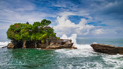 Tanah Lot Temple (SjPhotoworld) Tags: indonesia bali beraban tanahlot temple ocean holiday tourism travel island