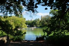 Central Park Boating Lake (ho_hokus) Tags: 2019 centralpark fujix20 fujifilmx20 manhattan nyc newyorkcity thelake boating boatinglake newyork