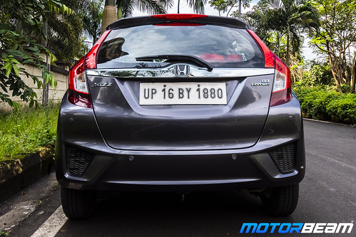 Honda-Jazz-Facelift-Long-Term-14