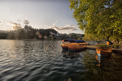 Julische Alpen Bled (michael_obst) Tags: bled juli alps lake boats sky