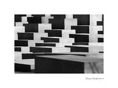 Holocaust-Denkmal (Roland Knechtel) Tags: holocaust denkmal berlin hauptstadt stadt city germany deutschland photo foto black white schwarz weis weiss beton geschichte