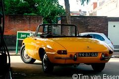 94-87-GX (timvanessen) Tags: 9487gx original dutch alfa romeo 1750 spider veloce bp spaarne spaarndamseweg british petroleum benzinepomp benzine pomp