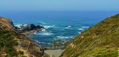 Trilhos (antoninodias13) Tags: imensidão oceanoatlântico mar azul baíadostiros percursos rotas rotavicentina serenidade tranquilidade yoga introspeção rumor odeceixe monteclérigo arrifanasurfpraiadoamadoaljezurfaroalgarveportugalturismodeportugal huawei