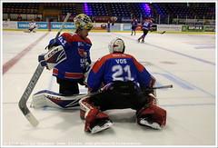 Preparing for the game UNIS Flyers vs Neusser EV (Dit is Suzanne) Tags: 06102019 img2496 nederland netherlands нидерланды friesland фрисландия heerenveen хееренвеен ijshalthialf thialf ©ditissuzanne canoneos40d sigma18250mm13563hsm availablelight beschikbaarlicht seizoen20192020 season20192020 сезон20192020 ijshockey eishockey ishockey icehockey хоккей живихоккеем patrickfücker irc interregiocup unisflyers unisflyersheerenveen neusserev neussereishockeyverein 41 goalie goalkeeper torhüter netminder вратарь martijnoosterwijk мартейноостервейк minions 21 jorritvos views100