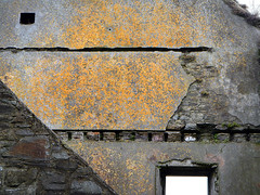 An ex-wall in Charles Fort in Kinsale, Ireland (albatz) Tags: fort charlesfort kinsale ireland wall diagonal