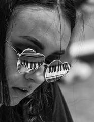 Nostalgic piano player (xrayman.dd) Tags: timessquare piano pianointimessquare beautifulyoungpianoplayer student