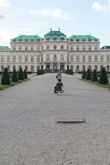 Strike a pose (RPahre) Tags: belvedere upperbelvedere palace vienna wien austria robertpahrephotography donotusewithoutpermission copyrighted allrightsreserved